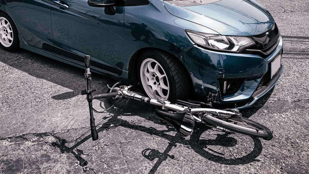 Verkeersongeval-fiets-voetganger